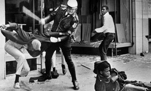 riot.jpgのサムネール画像